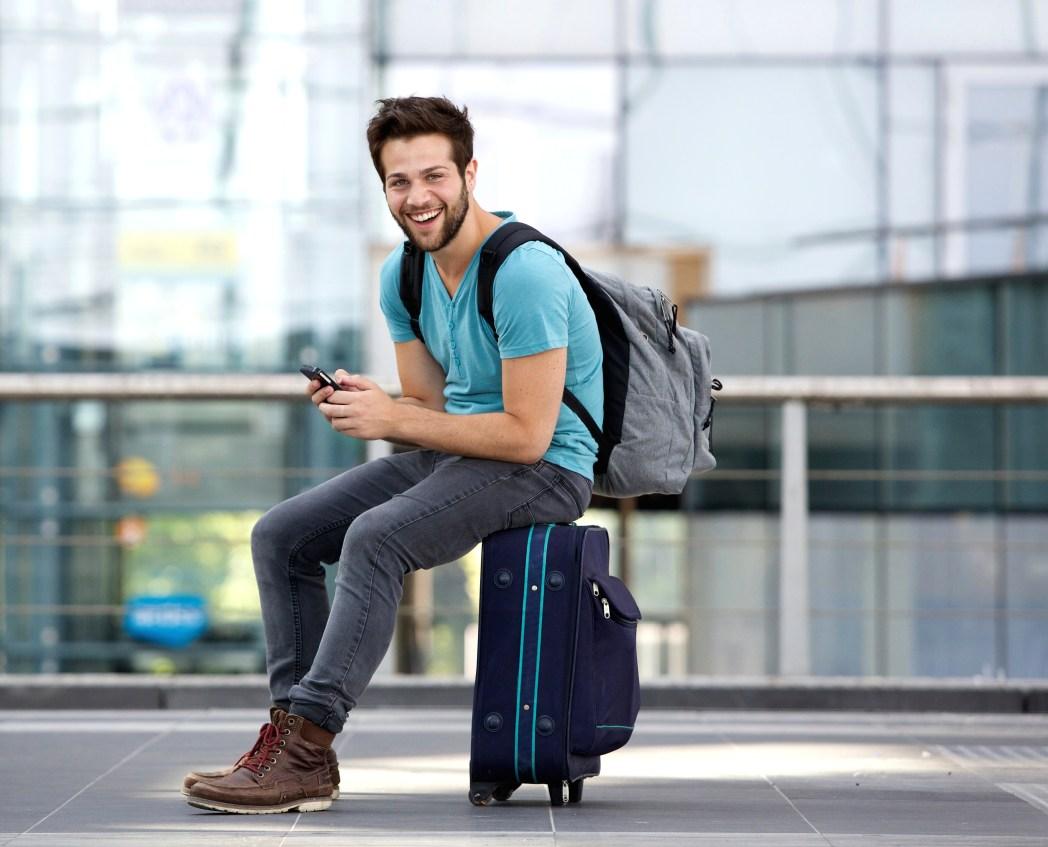Man på flygplats